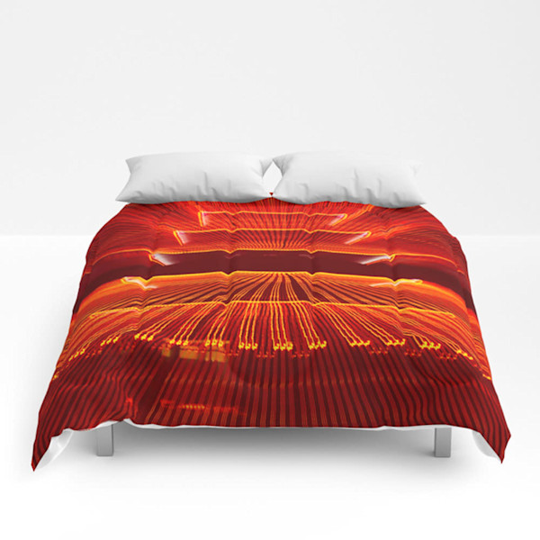 Abstract Reading Pagoda Decorative Bedding