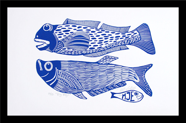 blue and white linocut with fish by Printmaker Mariann Johansen-Ellis, white paper with fish in blue, art, paintings