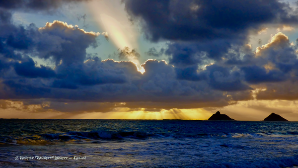 sacred-isles, clouds-and-sky, b, blessed-hawaiian-waters