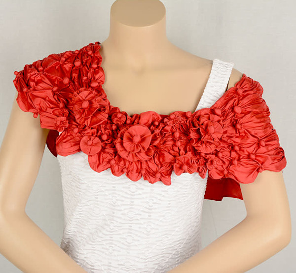 Off the shoulder Reef Scarf in Red