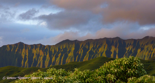 Ko'olau Ridges behind my house. Clouds, Kailua!