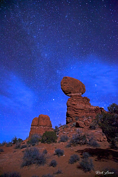 Balanced Rock Under the Stars