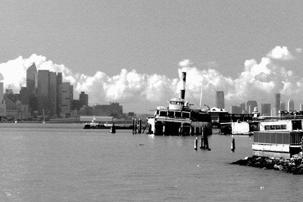 Clouds on the Hudson