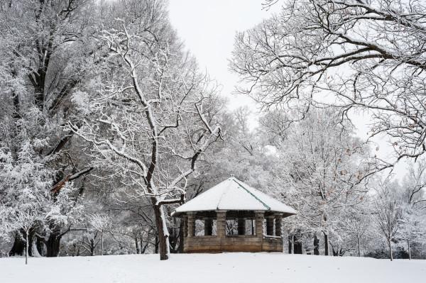 Snow on Gazebo 2