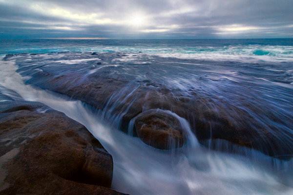 water and wave surges, powerful waves in La Jolla, art photographs of ocean waves and current,