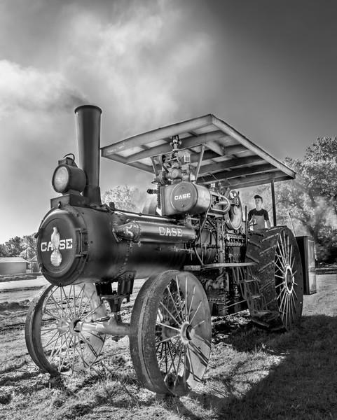 Case Steam Powered Antique Farm Tractor Black & White fleblanc