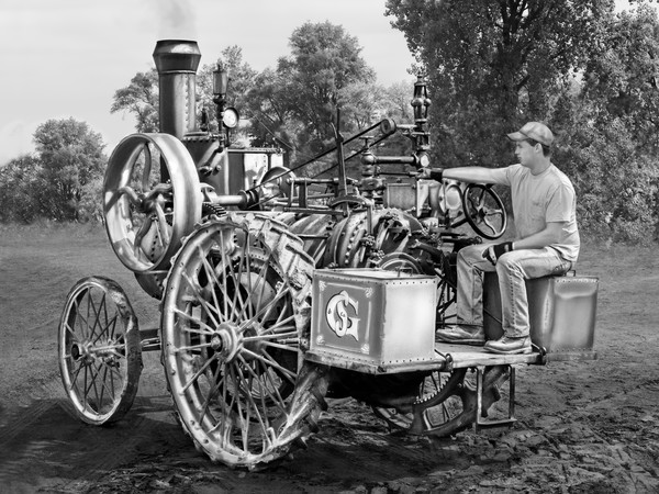 Fantastic Restored Gaar Scott Scale Steam Powered Tractor Black and White fleblanc