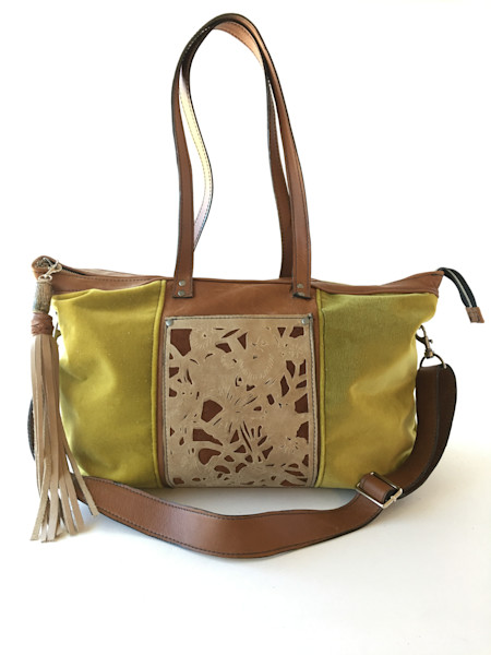 velvet travel tote in lime