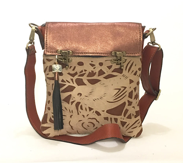 excursion cross body bird cut