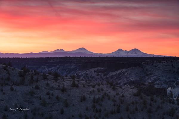 Chimney Rock Plateau Sunset (1810104LNND8) Mountain Scenery Photograph for Sale as Fine Art Print