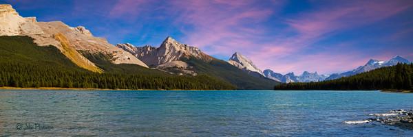 Maligne Lake in Jasper National Park, Canada