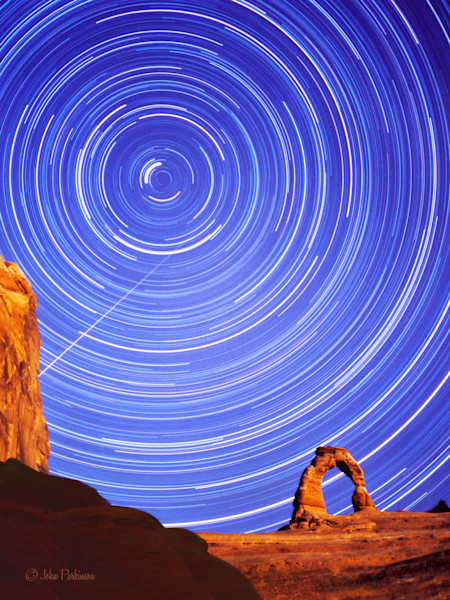 Meteor at Delicate Arch