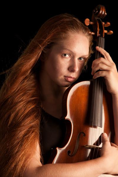 Loving the Violin 1024