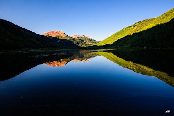 Markus Van Meter Photography | Reflections of Red Mountain