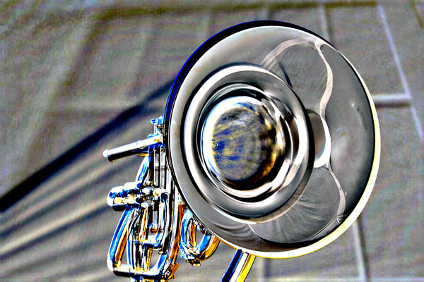 Marching French Horn Embossed 2082.36
