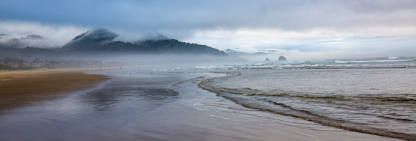 Steve Woodruff, Quiet Morning On Canon Beach, photo