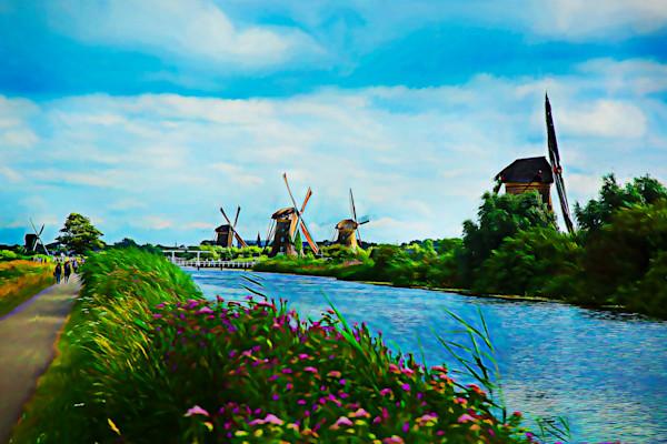 The Kinderdijk canal