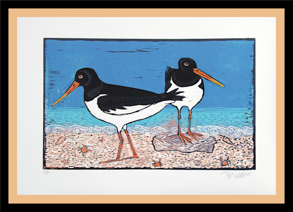 two oystercatcher birds on the beach with the tide coming in, a linocut by printmaker Mariann Johansen-Ellis, art, paintings