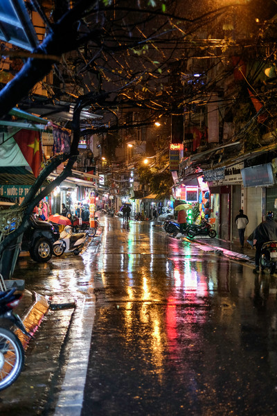 Rainy Night in the Old Quarter