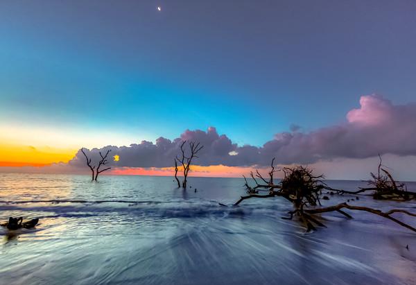 Moonlight Dawn