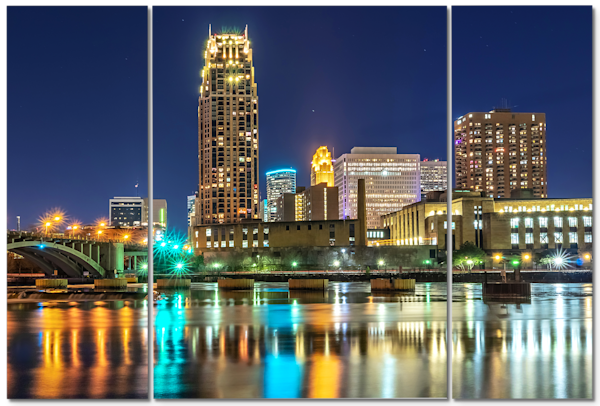 Carlyle on the River - Minneapolis Skyline Canvas