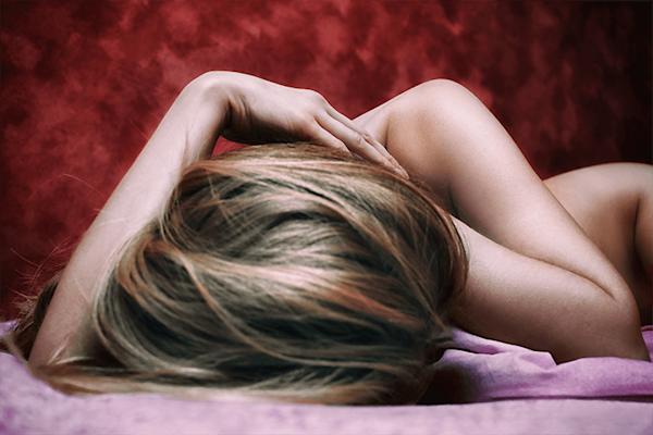 Sleeping beauty | Koop kunstfotografie print online | A-Galleria