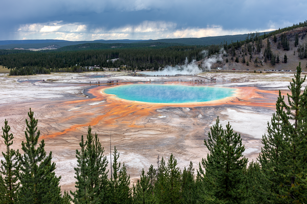 Hot Springs, Midway Geyser Basin, Yellowstone, Wyoming