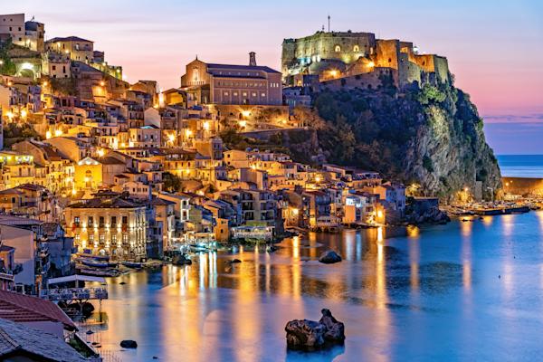 Calabria, Greek Mythology,  Reggio Calabria, Southern Italy