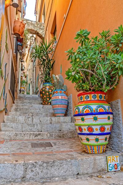 Sicilian Pottery, Caltagirone ceramics, Mediterranean, Italian craftsmanship, Sicily, Italy