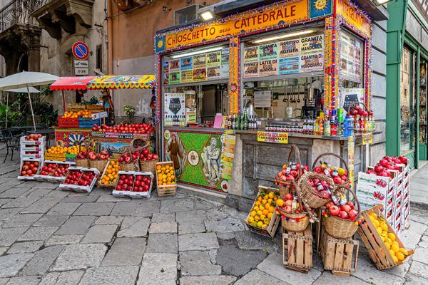 Historic Center, Byzantine mosaics, Capital, street market, Palermo, Sicily, Italy