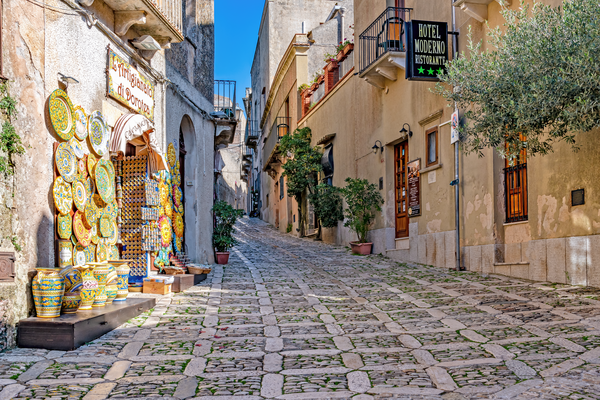 Pottery, Ceramic shops, narrow streets, Hilltop Village, medieval hilltop town, Erice, Sicily, Italy