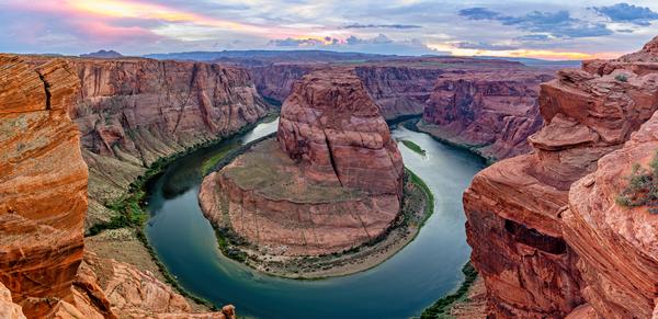 Colorado River, Glen Canyon Dam and Lake Powell, Glen Canyon National Recreation /area, Page, Arizona