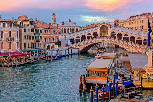Grand Canal, Ponte di Rialto, pontoon bridge, Venice, Italy