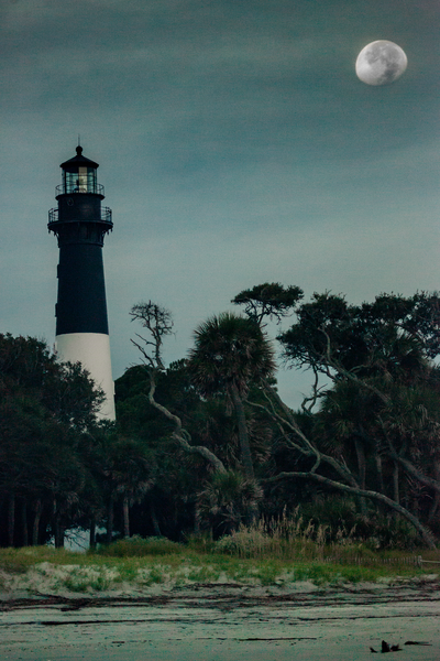 lighthouse_moon