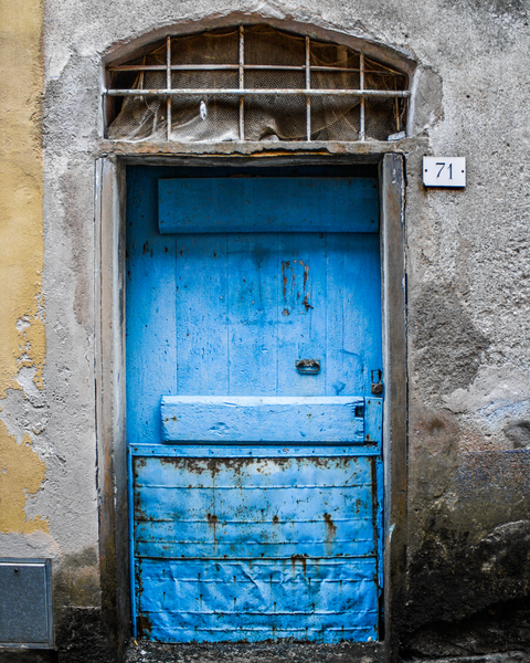 Door #71 Monterosso Photography Art | Happy Hogtor Photography