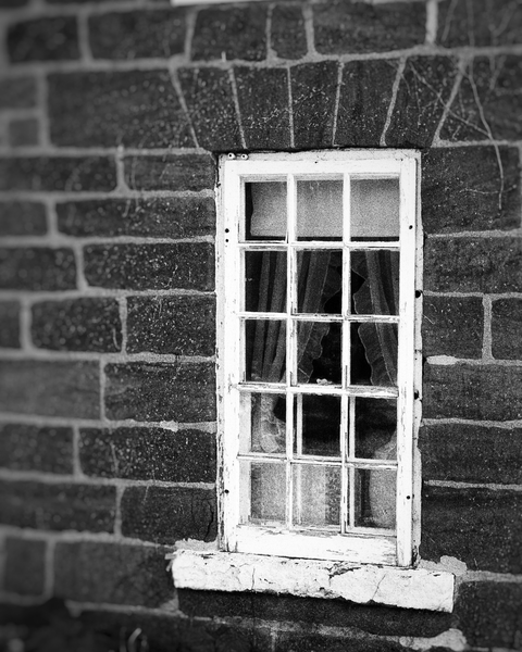 Amana Window In Bw Photography Art | Happy Hogtor Photography