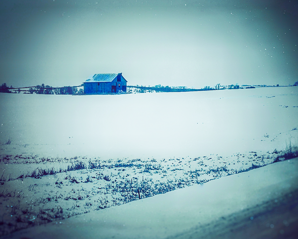 Barn In Winter Photography Art | Happy Hogtor Photography