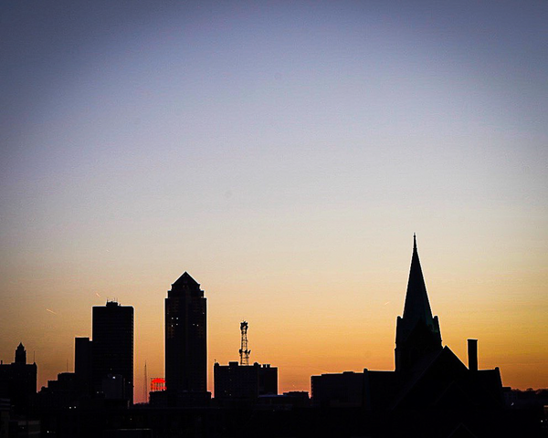 Downtown Des Moines Silhouette Photography Art | Happy Hogtor Photography