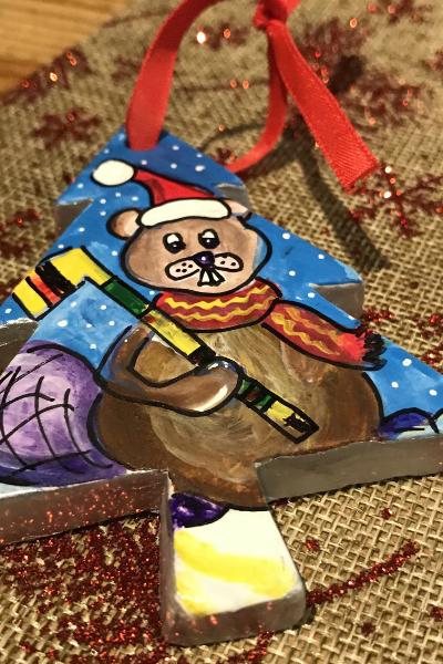 Hockey Playing Beaver | Karen Bishop Artist