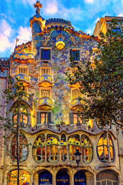 Catalan Architecture Photography Art | Images by Louis Cantillo