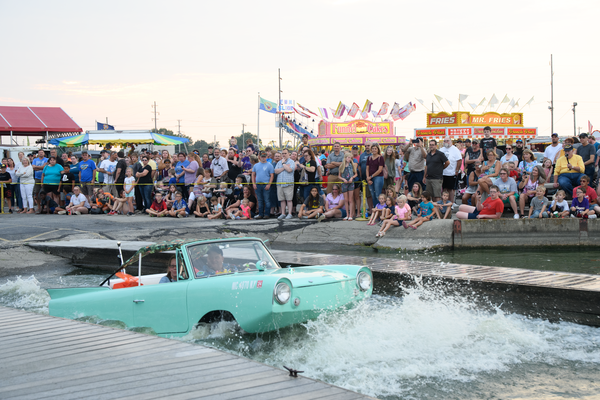 Dsc2568 Amphicar Splash In Photography Art | Hatch Photo Artistry LLC