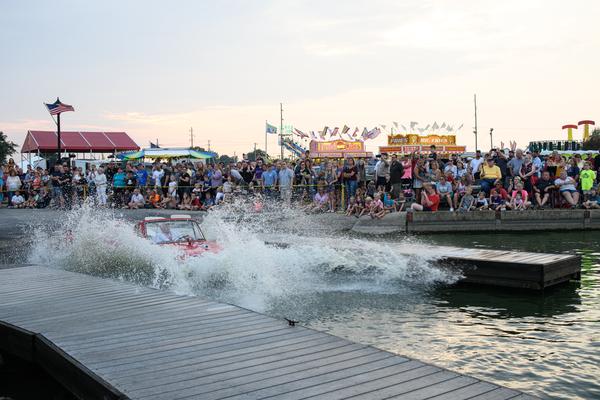 Dsc2579 Amphicar Splash In Photography Art | Hatch Photo Artistry LLC