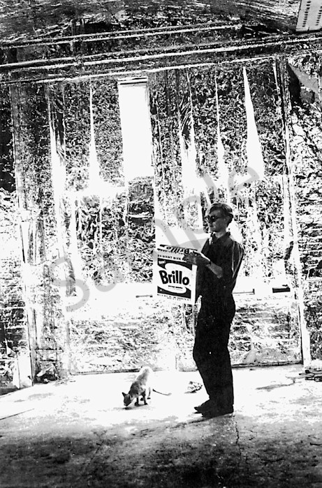 ANDY WARHOL AT THE FACTORY WITH CAT AND BRILLO BOX.PHOTO BY:BILLY NAME-IPOL-GLOBE PHOTOS, INC  ©