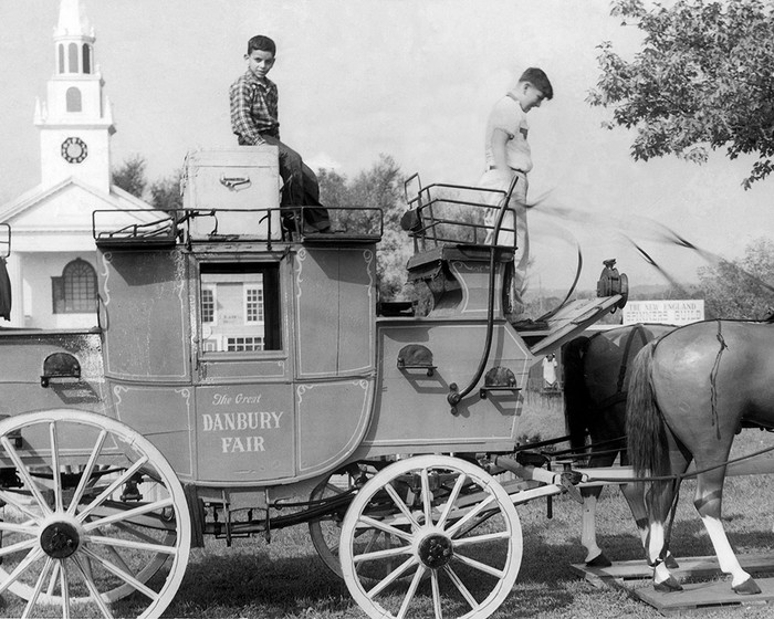 A Stagecoach Model At The Danbury State Fair