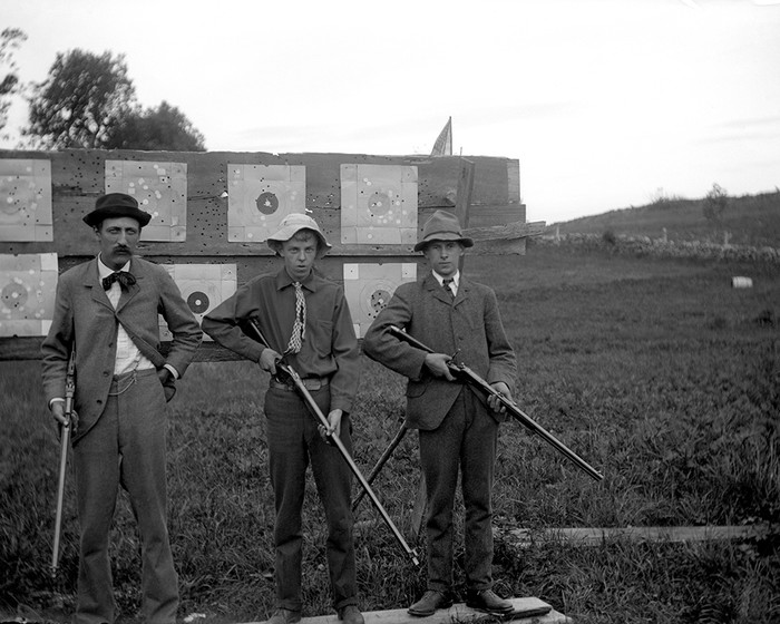 Members Of The Washington Gun Club