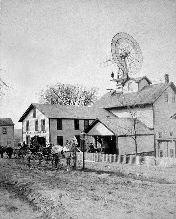 Bennitt's Windmill In New Milford