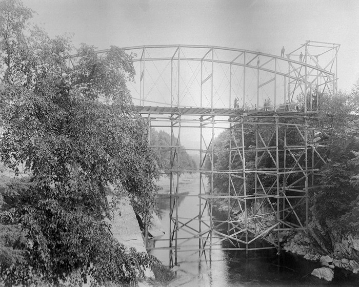 Construction Of Falls Bridge