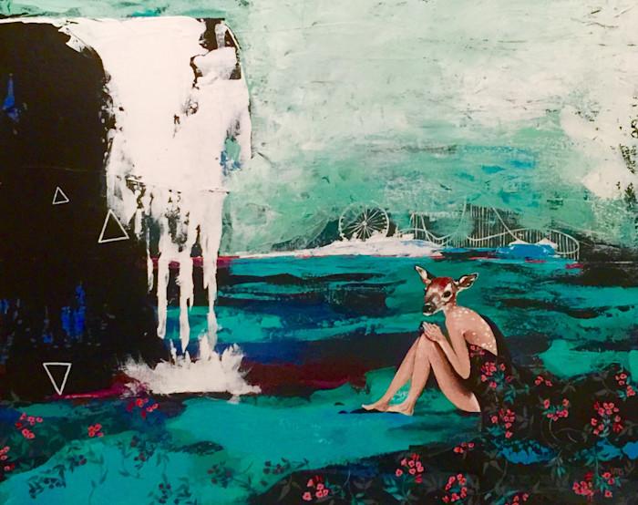 Tran_gjerde_beneath_the_waterfall_hlvfms