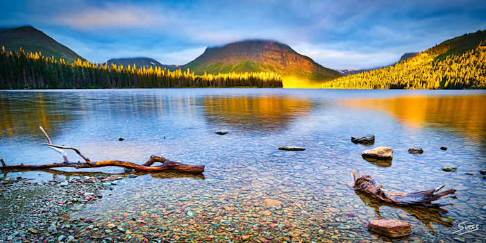 Sunlight_kiss_at_two_medicine_lake_1000px_nmoidq