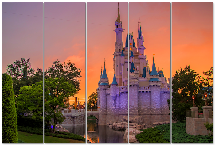 Cinderella_s_castle_sunset_umofyr